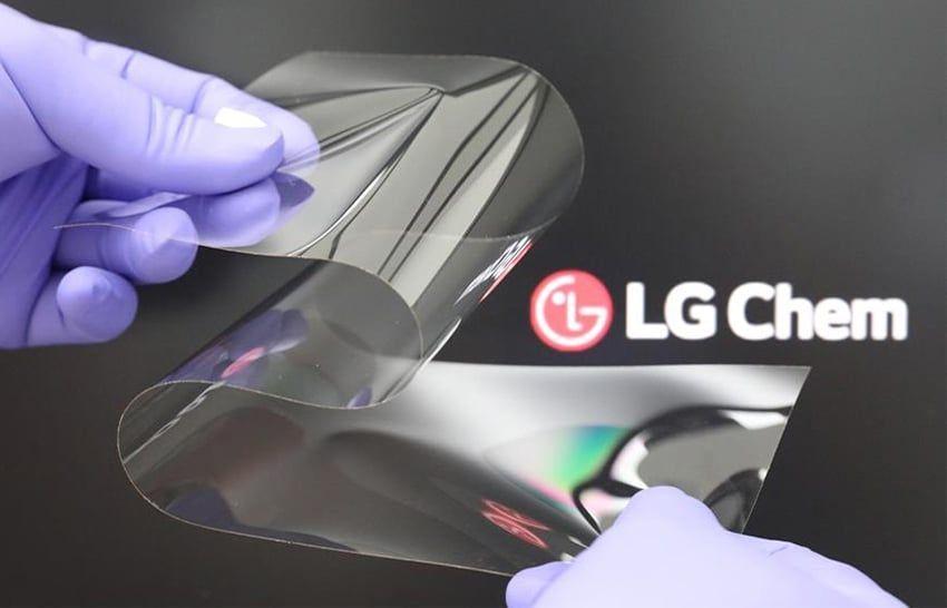 """LG afirma que su nuevo material de pantalla """"Real Folding Window"""" es tan duro como el cristal"""